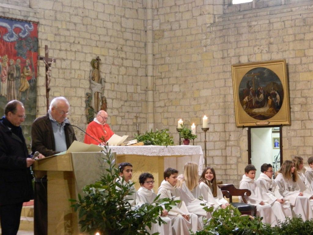 Messe des Rameaux Beaumont du Périgord - Servants d'autels.
