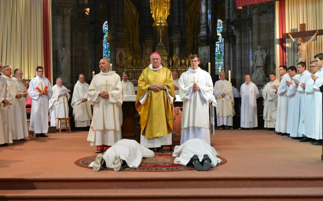Ordinations diaconales en photos