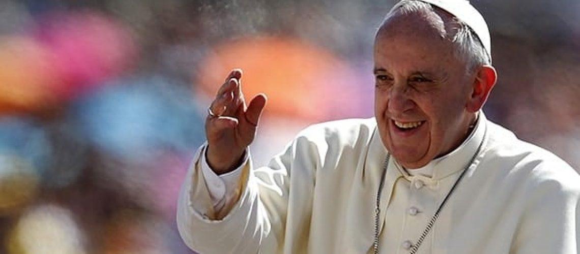 1-1397329593-pape-francois