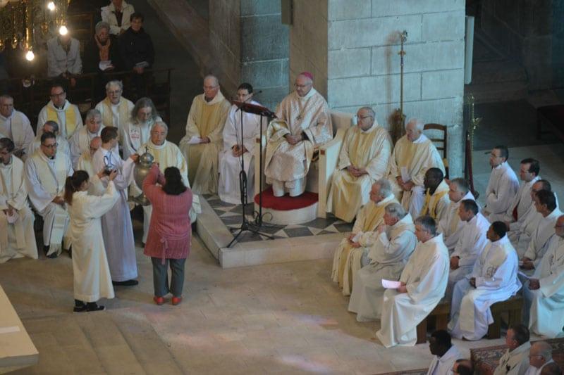 Messe chrismale – Homélie de Mgr Mouïsse
